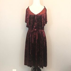 LC Lauren Conrad Runway velvet popover dress M